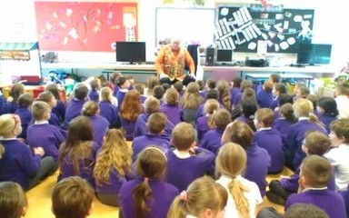 The Story Teller comes to Rowlands Gill
