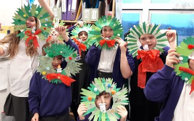 Christmas Crafts in 3/4L