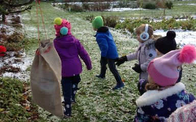 A festive trip to Gibside for Reception!